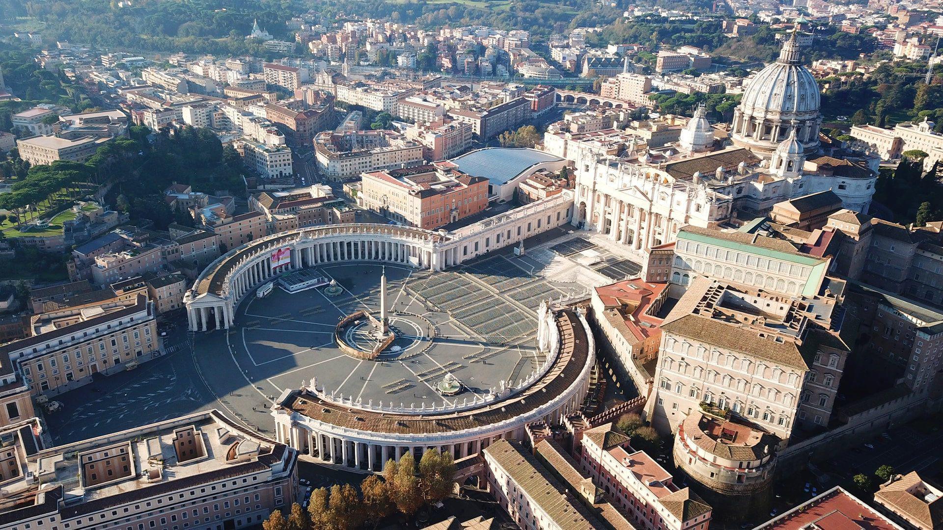 Piazza san pietro Roma Letusdrive tours Napoli Naples Napoles Italia, Italy Pompeya – Sorrento - Positano