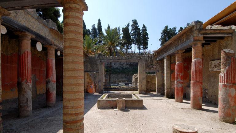 Ercolano 1 768x432 - Tour Pompeya – Herculano - Vesuvio