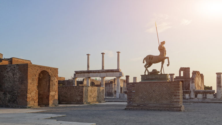 Pomp1 768x432 - Tour Pompeya – Herculano - Vesuvio